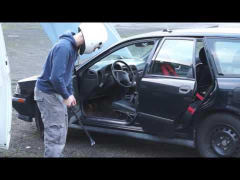 Расположение у Volvo S40 датчика детонации