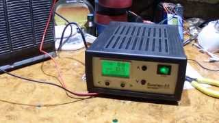 getlinkyoutube.com-Восстанавливаем автомобильный аккумулятор, режимом десульфатации, при помощи  Вымпел 55