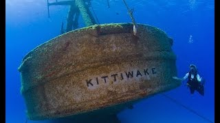 Wreck Diving USS Kittiwake - Grand Cayman with Divetech