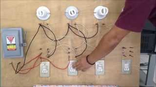 getlinkyoutube.com-Como conectar lamparas en paralelo con apagadores de escalera