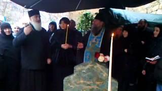 მეუფე სერაფიმეს ქადაგება წმინდა გაბრიელ სალოსის საფლავზე