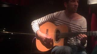 "Sébastien Giniaux and Romain Vuillemin perform ""Anniversary Song"""
