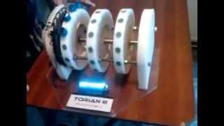 getlinkyoutube.com-Самовращающийся магнитный двигатель TORIAN 3