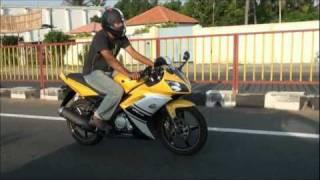 getlinkyoutube.com-Yamaha R15 Review
