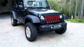 getlinkyoutube.com-Jeep Wrangler Unlimited Painted Grill/Grill Mod