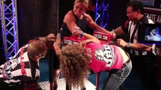 getlinkyoutube.com-Women's Armwrestling