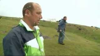 getlinkyoutube.com-Tristan da Cunha, playin golf, www.petereichstaedt.de