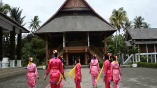 getlinkyoutube.com-TARIAN SIRIH KUNING 7E PGSD UHAMKA #PGSD2011