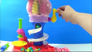 getlinkyoutube.com-Unboxing Play Doh Candy Cyclone Playset Sweet Shoppe Make Gumballs Candies Lollipops Gumball Machine