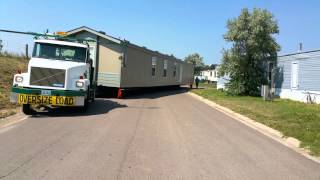 getlinkyoutube.com-Rocky Mountain Mobile Home Transport  moving 16x80