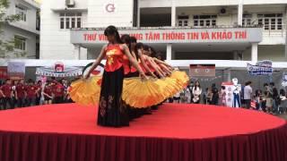 getlinkyoutube.com-[FTU Club's Day] FYU múa Như Ý Cát Tường