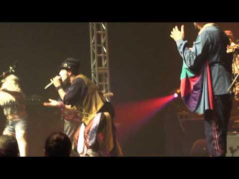 Mulher Melancia e Dudu -Funk do japonês Citibank Hall 09-10-2011