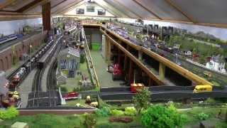 getlinkyoutube.com-Tour of Dave`s New Model Railway Completed