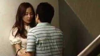 HOT  BEAUTIFUL  VIETNAM GIRL  Kissing