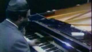 getlinkyoutube.com-Thelonious Monk Piano Solo - 'Round Midnight