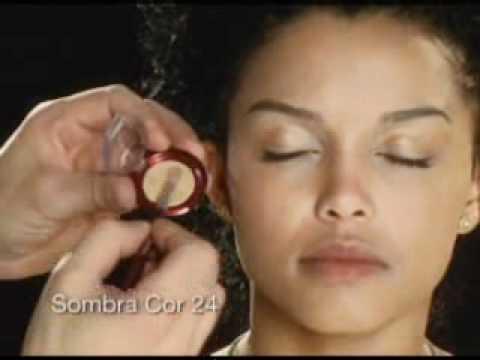 Maquiagem Pele Negra por Sadi Consati
