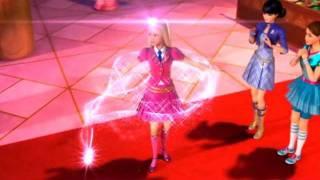 Barbie escuela de princesas Blair se transforma
