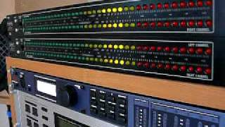 getlinkyoutube.com-Stage Line db-Meter Audio Spectrum Analyzer VU 800