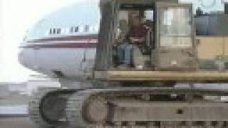 getlinkyoutube.com-Scrapping an airplane at Mojave Airport