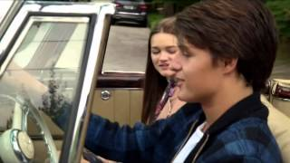 getlinkyoutube.com-Jordi and Emma (and Leo). When I look at you. (Red Band Society)