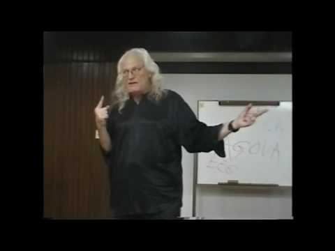 Copernicus lecture in Spanish at the Univ of Guayaquil, Ec. 4/23/02. Part 3.
