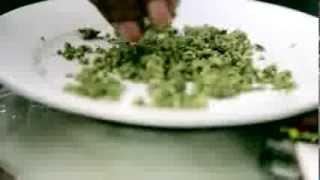 getlinkyoutube.com-Snoop Dogg presents his best Weed