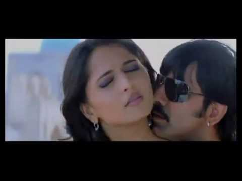 Anushka's sexiest video ever from Baladoor movie
