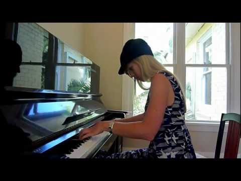 Lara plays Simple and Clean/Hikari on piano