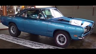 "getlinkyoutube.com-1969 Plymouth Barracuda Sox & Martin ""Ball Stud HEMI"""