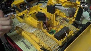 getlinkyoutube.com-JRP RC - Repairing The Big Bruder Dozer