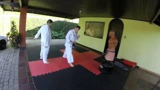 Karate Shotokan Movimentação para Chutes