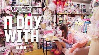 getlinkyoutube.com-密着24時!願望を突き詰めた部屋 - Otaku Room Photographer