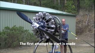 getlinkyoutube.com-Radial Engine Startup Pratt & Whitney R985 (Wasp Junior)