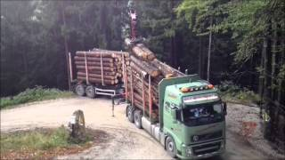 getlinkyoutube.com-Holztransport in Niederösterreich Hängerzug