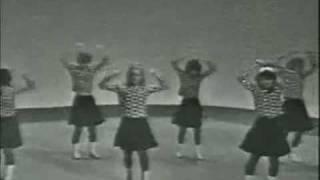 getlinkyoutube.com-The Kinks - Milk Cow Blues 1965
