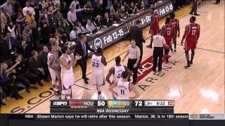 getlinkyoutube.com-Stephen Curry held back from Trevor Ariza by Draymond Green: Rockets at Warriors