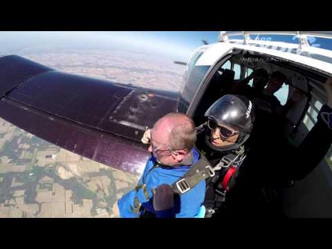 Garry Brush's Tandem skydive!