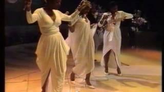 getlinkyoutube.com-Boney M - Felicidad 1981
