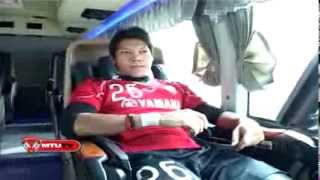 getlinkyoutube.com-MTUTV  รถบัส VIP นักเตะเมืองทองฯยูไนเต็ด