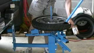 getlinkyoutube.com-Cycle Hill Motorcycle Tire Changer
