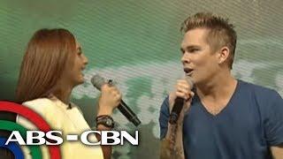 getlinkyoutube.com-Arnel Pineda leaves Sugar Ray vocalist starstruck