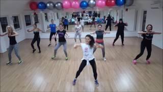 """getlinkyoutube.com-Shakira ft Maluma - """"Chantaje"""" Zumba Fitness Choreography"""