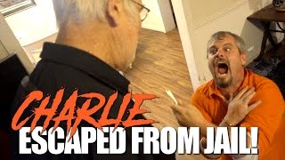getlinkyoutube.com-CHARLIE ESCAPED FROM JAIL!! (PRANK)