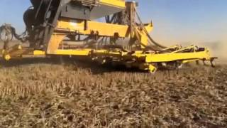 Claydon Drills Sowing oil seed rape with Claydon T6 trailed drill in Pleven district, Bulgaria 2 September 2015