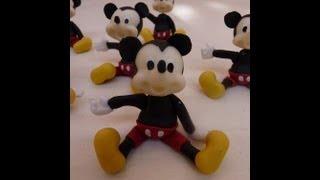 getlinkyoutube.com-Souvenir mickey (facil) en porcelana fria /how to make mickey in polymer clay ,cold porcelain