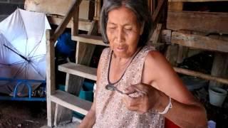 getlinkyoutube.com-แก๊งขายน้ำผึ้งเก๊ตุ๋นยายวัย 78 สูญเงินเบี้ยยังชีพร่วมหมื่น