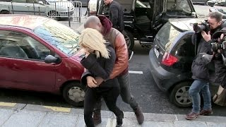 getlinkyoutube.com-Kim Kardashian and Kanye West IN LOVE in Paris !!!