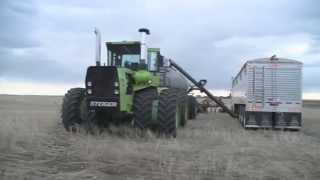 getlinkyoutube.com-Straight Piped Steiger Panther ST325 | Seeding 2014 | Case IH Concord