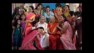 getlinkyoutube.com-The Chennai Silks Deepawali 2010