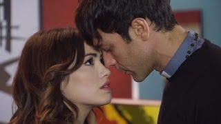 getlinkyoutube.com-El padre Tomás quedó cara a cara con Esperanza y le hizo una confesión reveladora